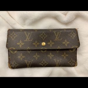 Authentic Louis Vuitton wallet with button